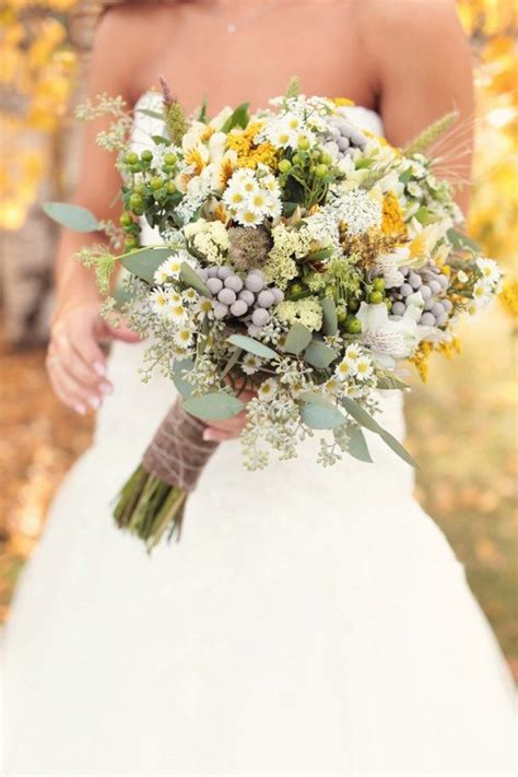 Real Wedding Bouquets by 10 Real Wedding Bouquets To Get You Inspired Weddingbells