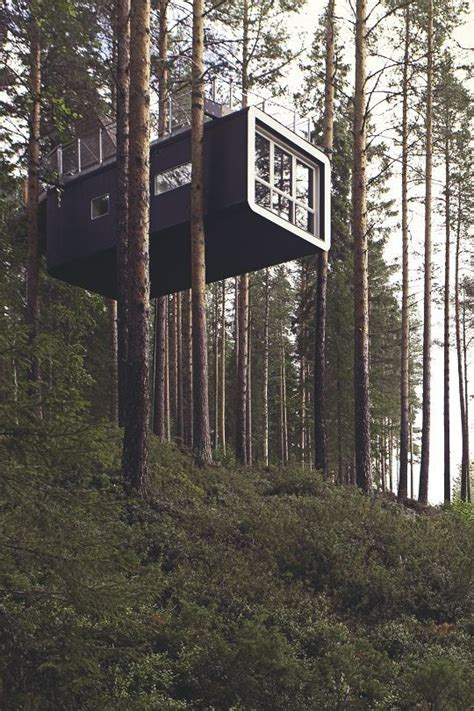 1000 ideas about tree houses on treehouses
