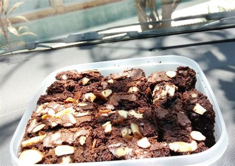 Ketan Almond Coklat Meses resep brownies coklat ketan hitam oleh viviaivi cookpad