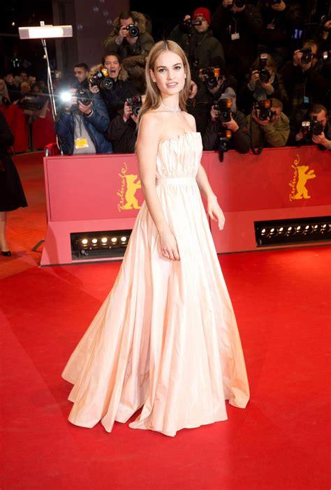 cinderella film esher berlinale 2015 cenerentola sul red carpet
