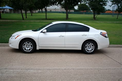 nissan altima white 2010 i need some new shoes nissan altima forum