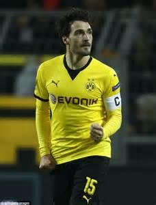 Borussia Dortmund Mats Hummels by Mats Hummels Will Wrath Of Fans After Requesting