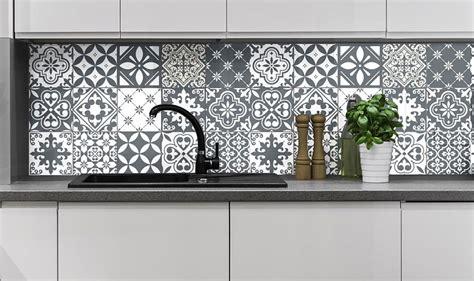 adesivi per piastrelle cucina piastrelle adesive per cucina 30 tipi di rivestimenti in