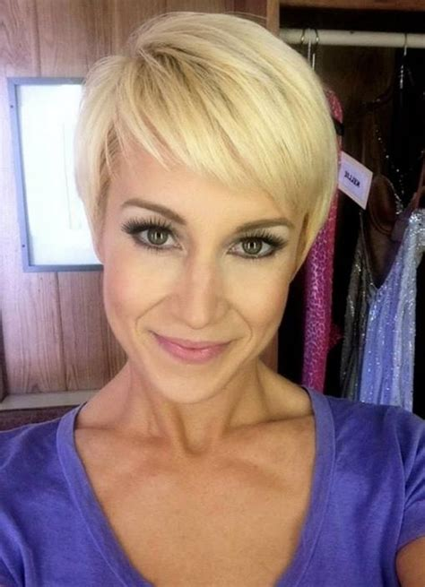 Kellie Pickler Pixie Hairstyle Photos by Kellie Picklers Pixi Hairstyle Photo Gallery Of Kellie