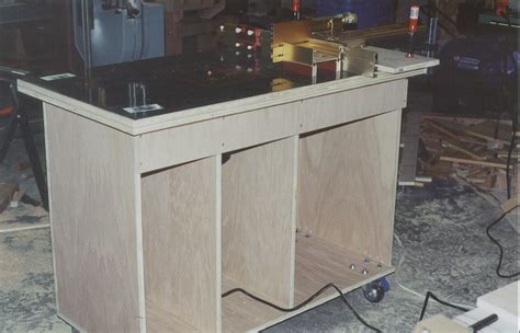 How To Make A Router Table by Diy Build A Router Table Plans Free