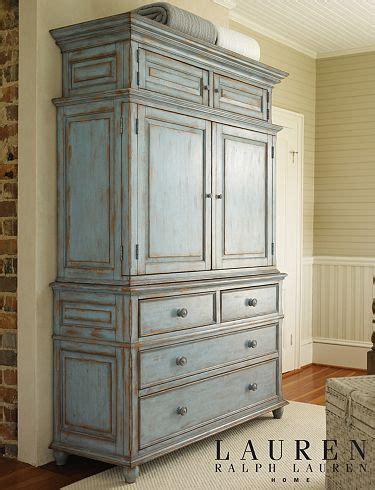 Ralph Dresser by Ralph Mathis Interiors