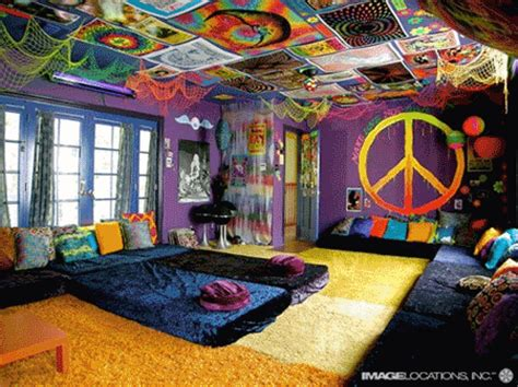 peace sign bedroom hippie stuff on
