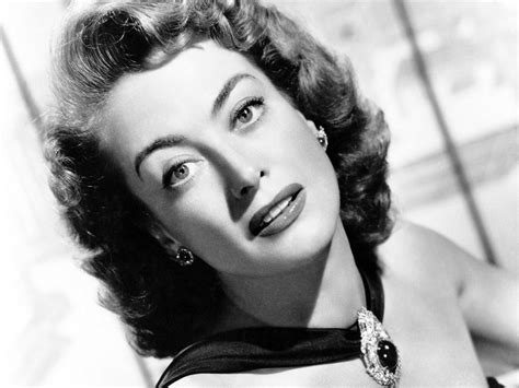 joan crawford it s the pictures that got small the friday glamour 15