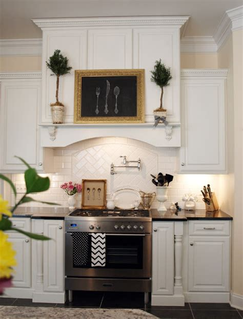 Julies Kitchen by Decorating For The Seasons In Julie S White Kitchen