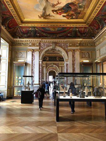 louvre interno interno foto di museo louvre parigi tripadvisor