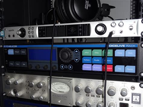 Rack Vocal Processor by Tc Helicon Voicelive Rack Image 741417 Audiofanzine