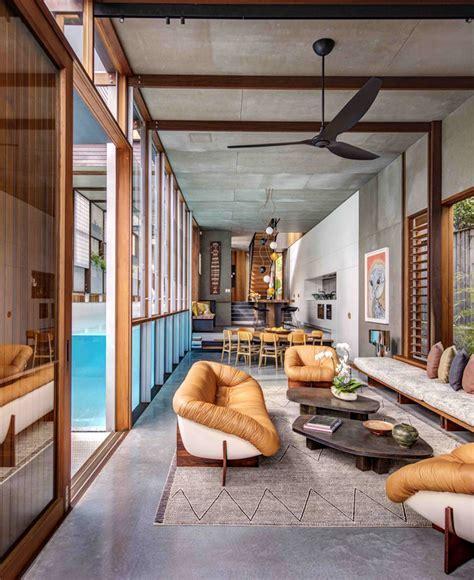 House in Australia Revolves Around a Stunning Swimming