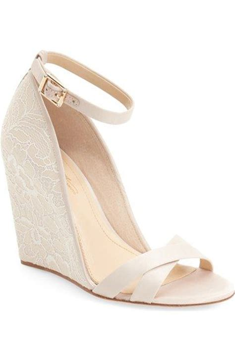 Wedding Dress Shoes Wedges by Best 25 Bridal Wedges Ideas Only On