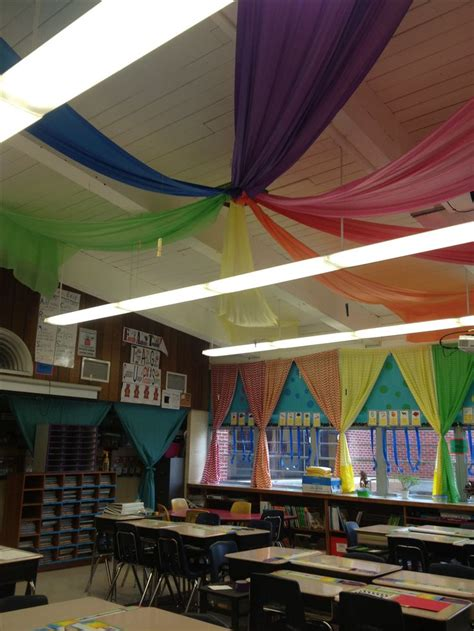 Ceiling Hangers For Classrooms by Best 20 Classroom Ceiling Decorations Ideas On