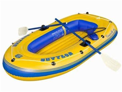 opblaasboot met buitenboordmotor de beste opblaasboot rubberboot speelgoed tips 2018