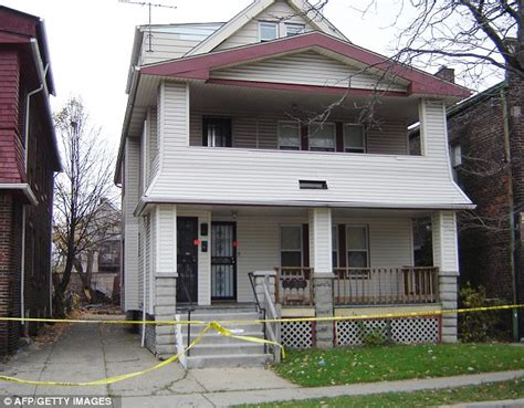 jeffrey dahmer s home for sale again daily mail