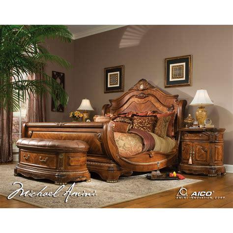 AICO 5pc Cortina California King Size Bedroom Set in Honey