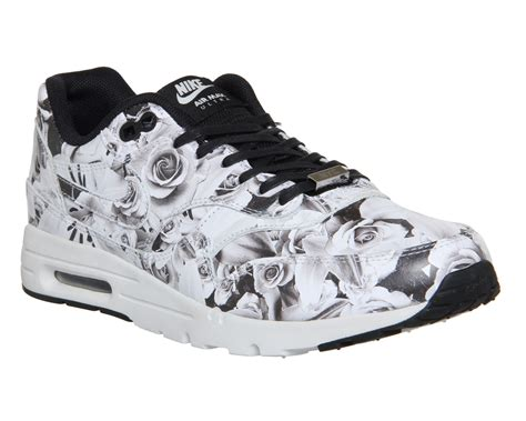 Nike Airmax Flower nike air max 1 ultra moire l lotc black white floral nyc