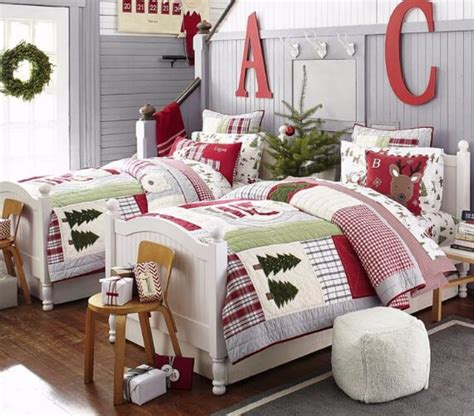 45 elegant and stylish holiday bedding ideas for a