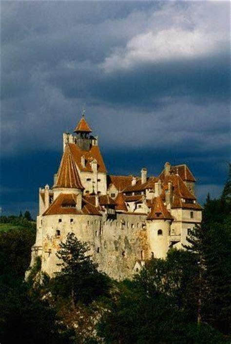 castle dracula transylvania transilvania castelul huniazil dracula s castle in romania castelul bran situated near