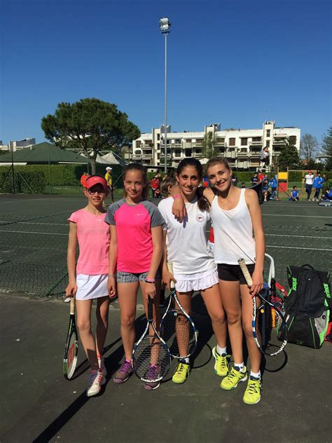 testo foto di gruppo foto di gruppo tenniste convitto nazionale cicognini di