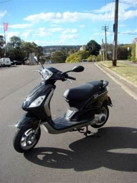 Piaggio Fly 125 150 4t Scooter Workshop Service Manual