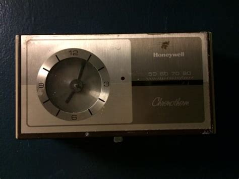 Help with old Honeywell Chronotherm to new Honeywell programmable Thermostat   DoItYourself.com