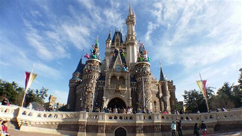 tokyo disneyland theme park in tokyo thousand wonders