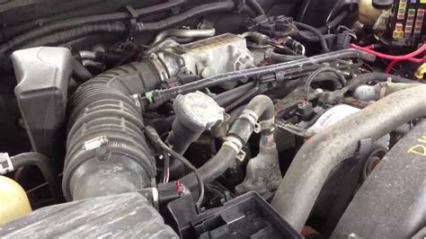 how cars engines work 2004 mercury mountaineer engine control d4me215 2004 mercury mountaineer 4 6l engine test youtube