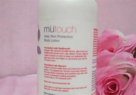 Emina Sorbet mutouch daily skin protection lotion with redsnow