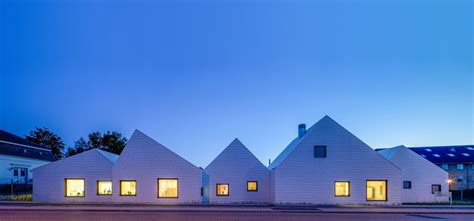 Japanese Modern House Modern Takes On Traditional Roofs Nine Roof Profiles
