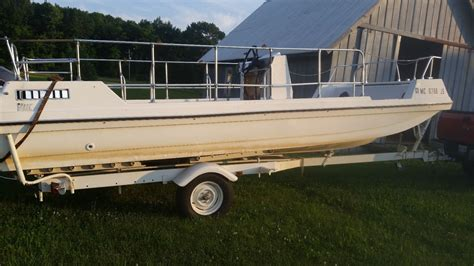 viking deck boat viking deck boat 1971 for sale for 3 000 boats from usa