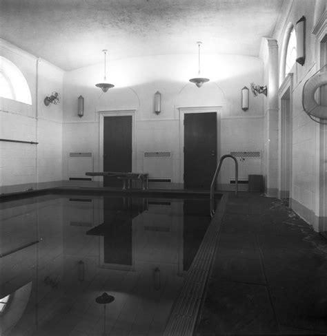 fdrs white house swimming pool hides beneath press