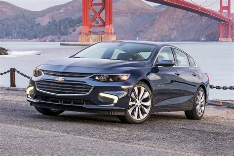 2017 malibu hybrid review 2017 chevrolet malibu hybrid new car review autotrader