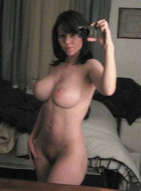 Busty Naked Mom S Selfie Private Milf Pics