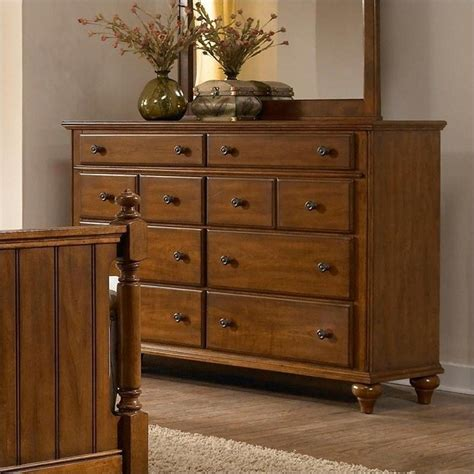 Broyhill Drawer Guides by Broyhill Hayden Place Drawer Dresser In Light Cherry