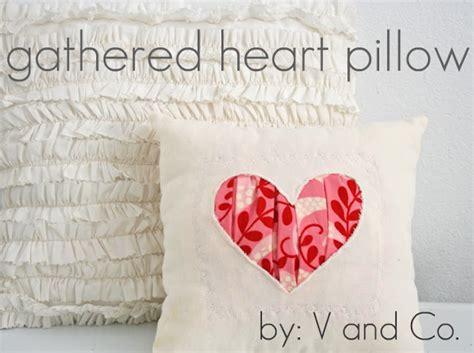 con un cuscino come cucire cuscino con cuore tutorial istruzioni