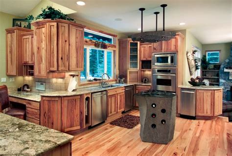 hickory shaker style kitchen cabinets pin by libby dyar on kitchen pinterest