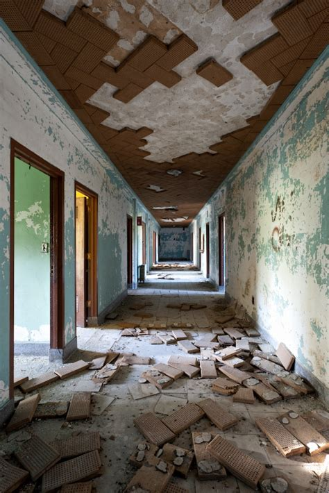 Sedlling D Apylum 17 best images about asylums and the on the asylum abandoned asylums and