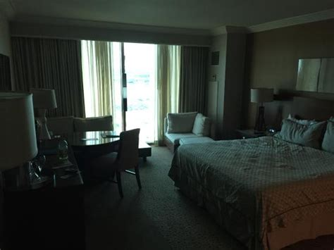 Mandalay Bay Room Rates by Deluxe Room W King Bed Picture Of Mandalay Bay Resort