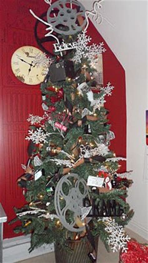 christmas themed movies christmas tree theme ideas on pinterest themed christmas