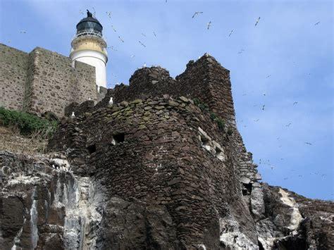 Castle Rock Detox by Bass Rock Castle