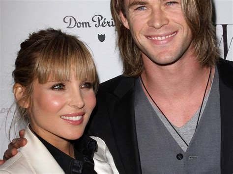 thor film mutter thor star chris hemsworth wird vater promiflash de