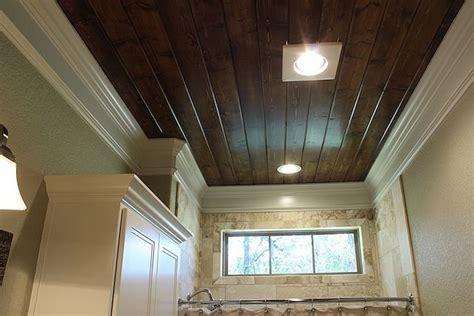 wood floor ceiling bath coming clean bathrooms pinterest 34 best texas bathroom ideas images on pinterest