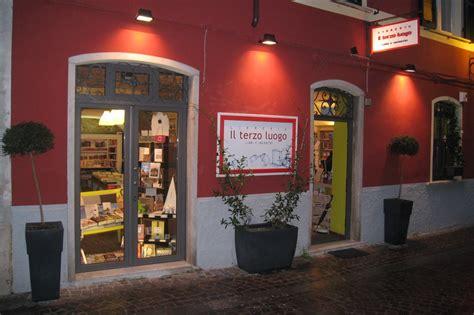 aprire una libreria indipendente indypendentemente per una cartografia delle librerie