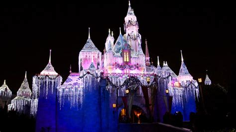 disney world wallpapers hd images one hd wallpaper walt disney world christmas wallpaper hd 20247 wallpaper