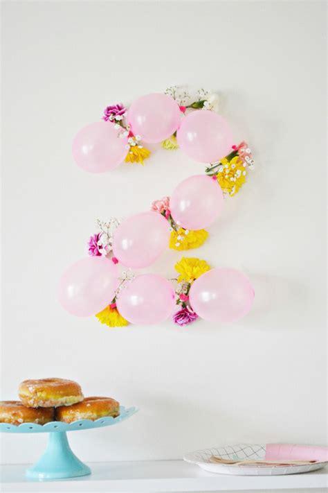 como decorar globos de numeros n 250 meros para la pared con globos y flores fiestas y cumples