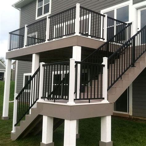 White Deck Railing With Black Balusters 17 Best Ideas About Aluminum Railings On