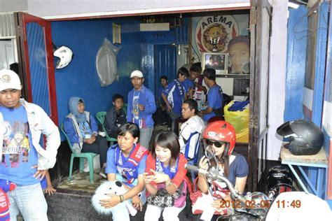 Kaos Fanatik Arema On Tour pada pertandingan laga lanjutan indonesia league isl
