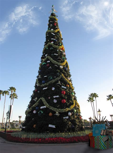 human christmas tree epcot epcot tree premade by wdwparksgal stock on deviantart